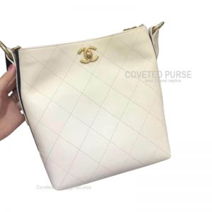 Chanel Hobo Handbag In White Calfskin With Gold HW