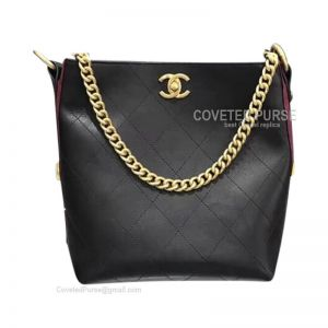 Chanel Hobo Handbag In Black And Red Calfskin With Gold HW